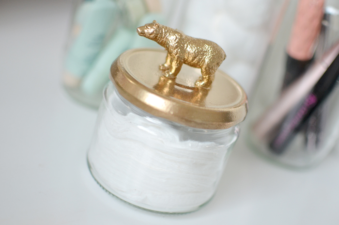 SPRAY-JAR-GOLD-ANIMALS-DIY.2