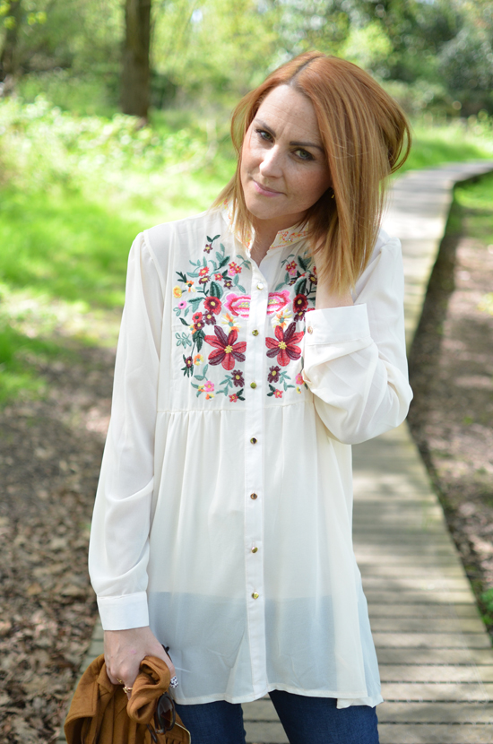 EMBROIDERED-FLORAL-BLOUSE