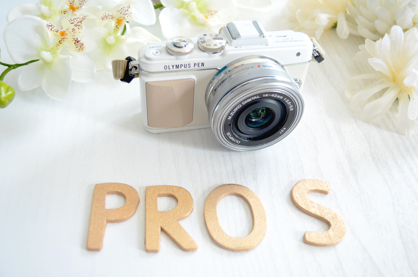 olympus pen camera white