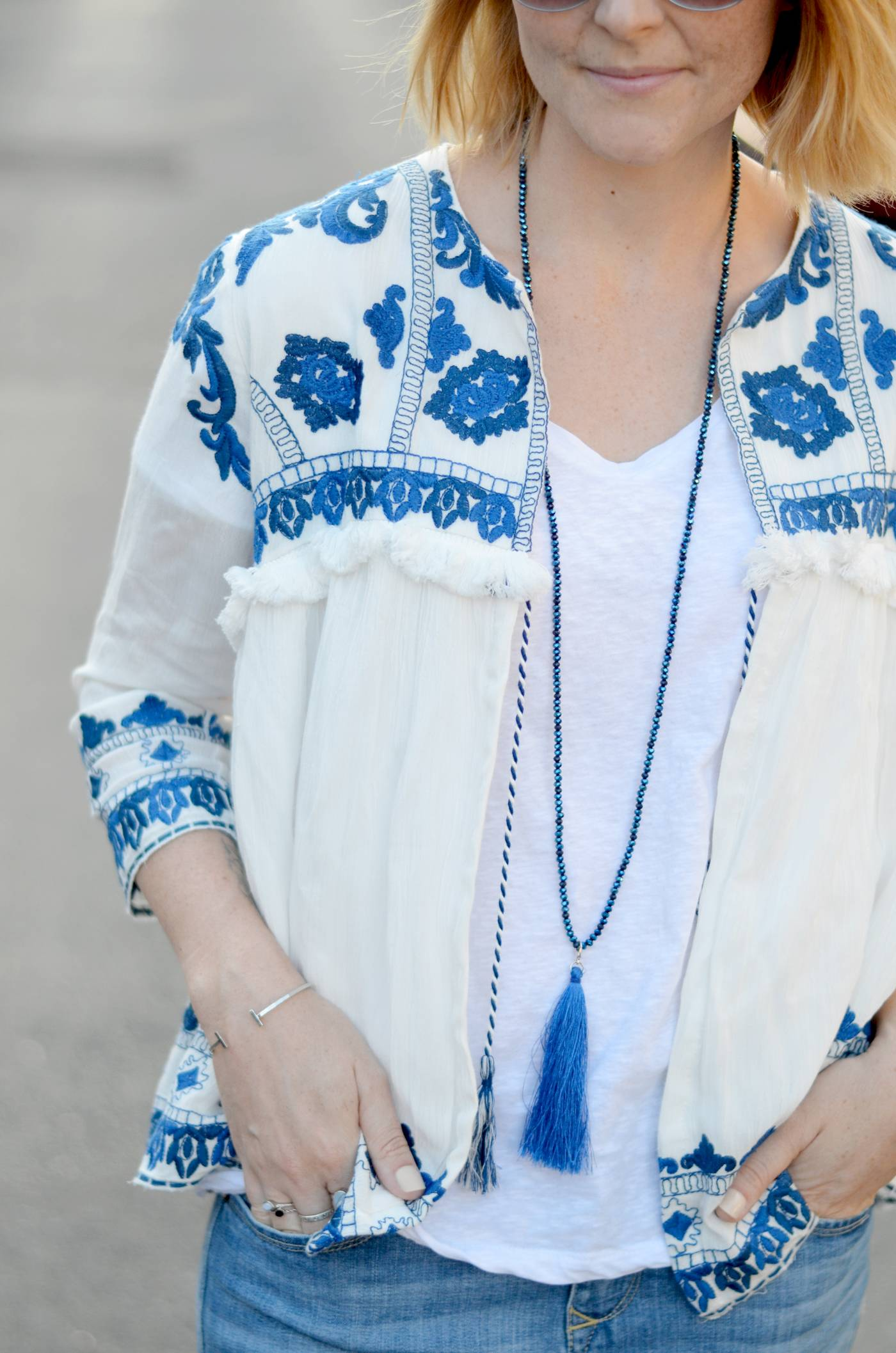 BLUE-WHITE-EMBROIDERED-JACKET (9)