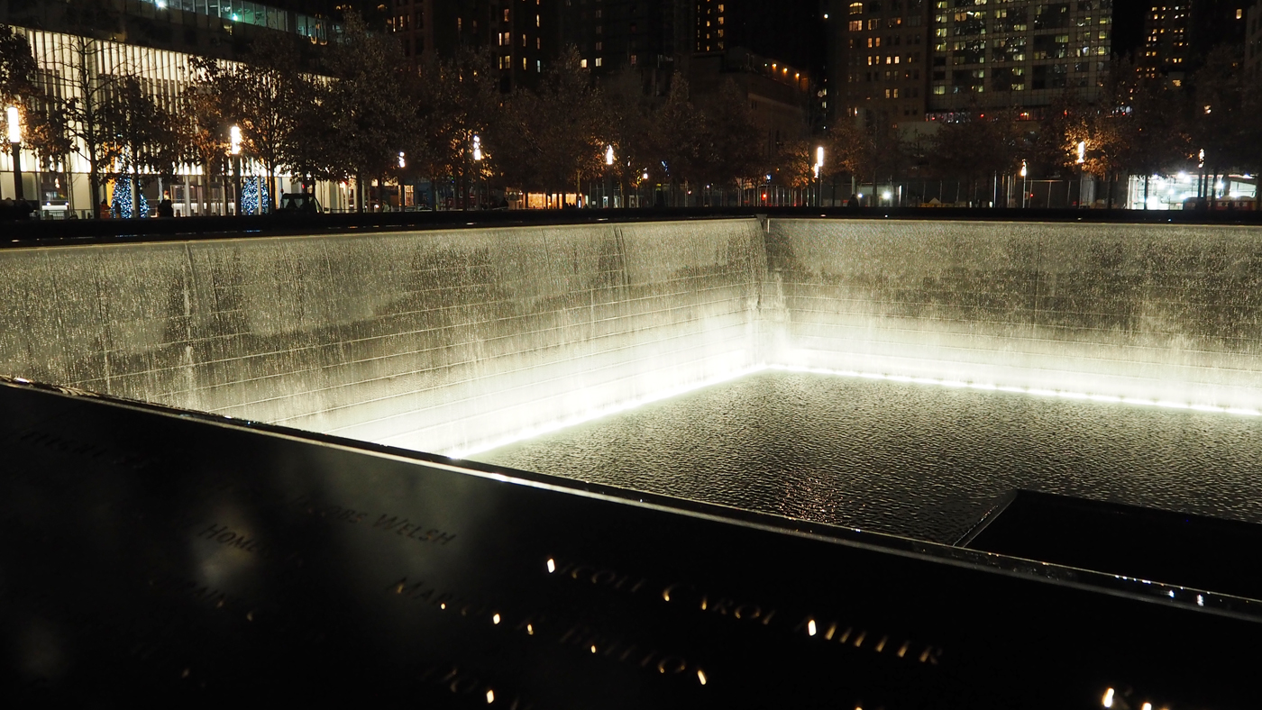 9 11 MEMORIAL AT NIGHT