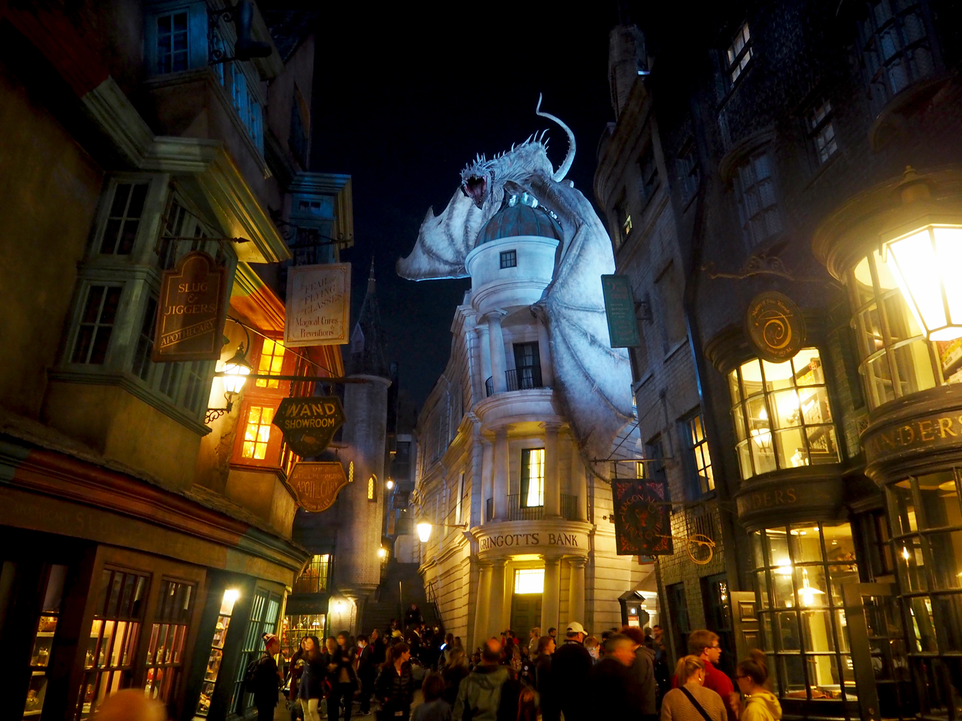 harry potter diagon alley night time