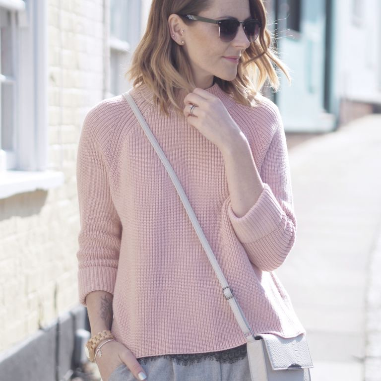 pink and grey casual outfit
