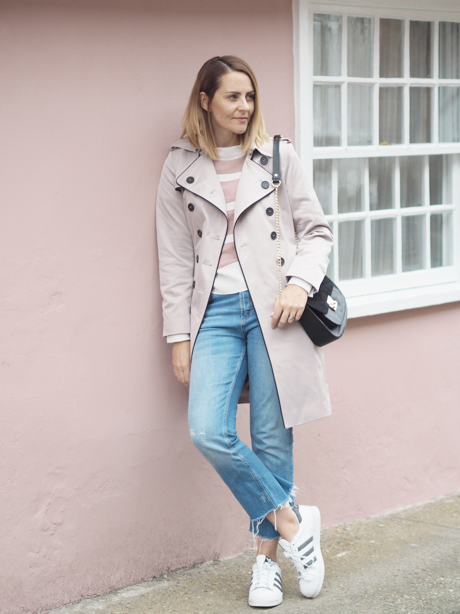 how to wear the trench coat