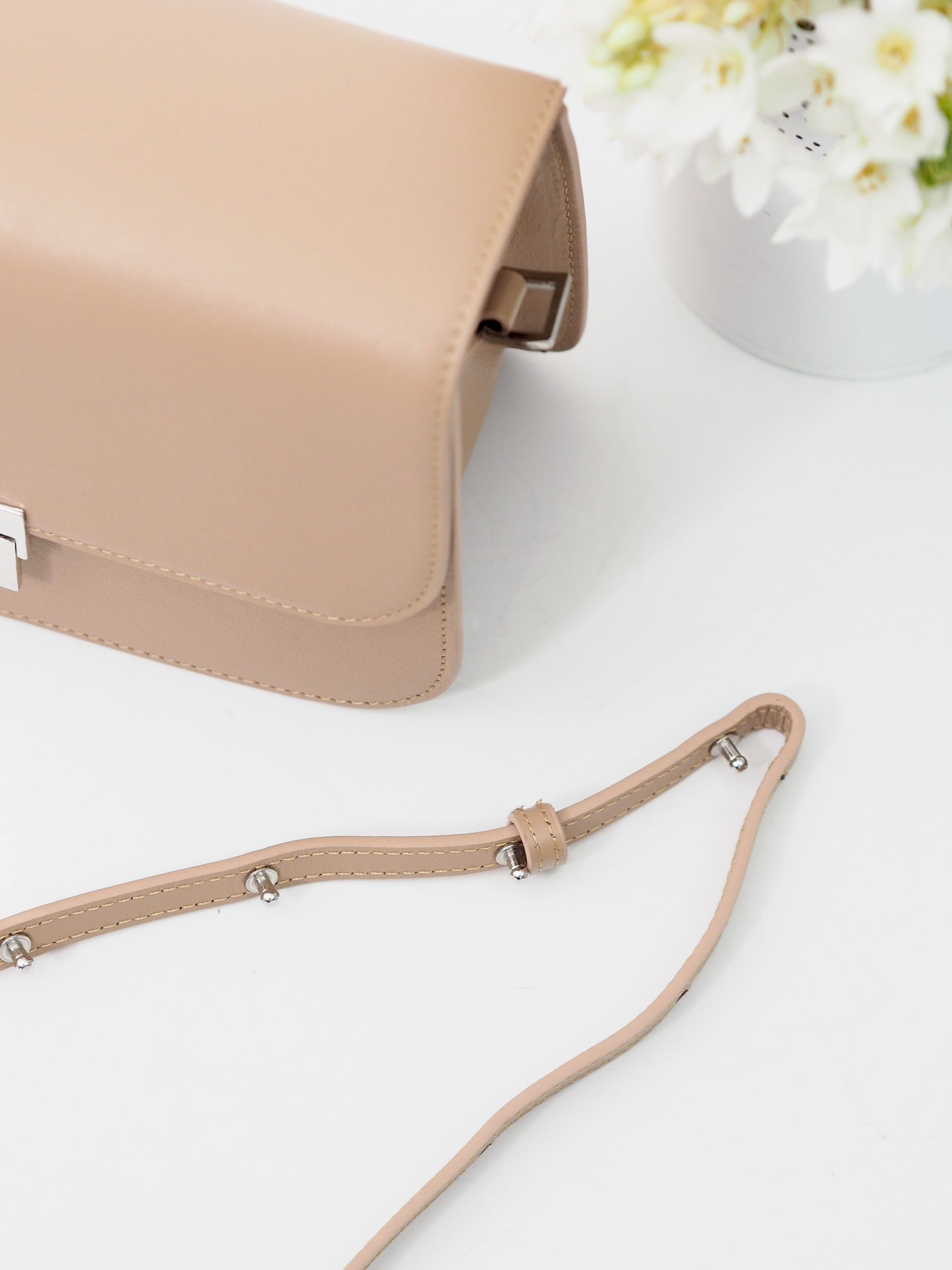 olympus nude leather camera bag