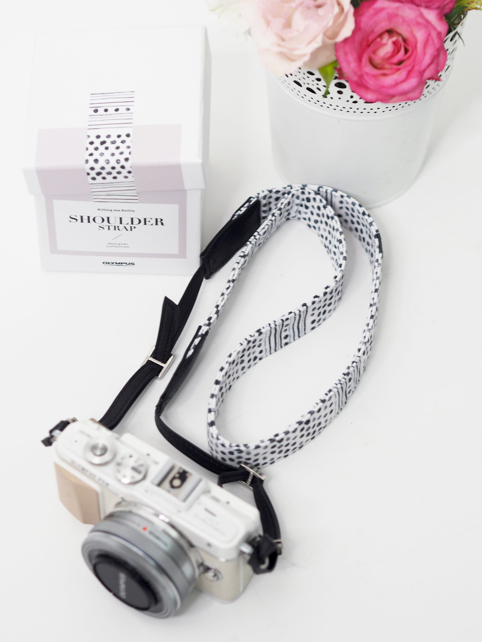 olympus pen black and white shoulder camera strap