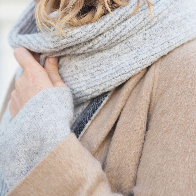 chunky grey ribbed scarf