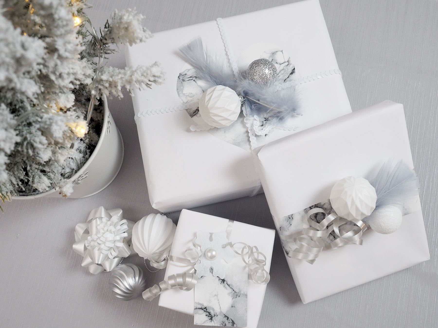 Unique Ways to Wrap Gifts on a Budget