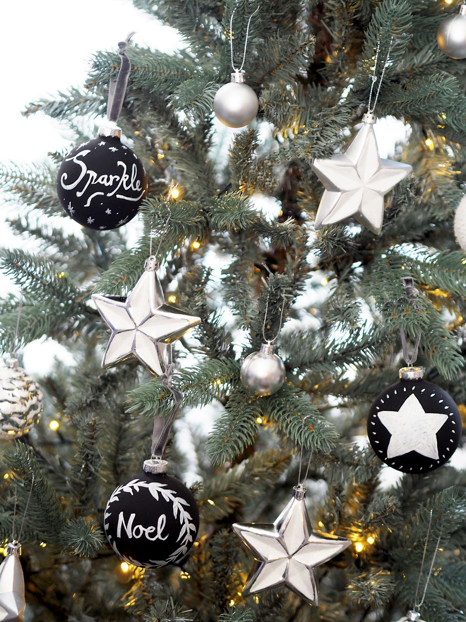 chalkboard christmas baubles
