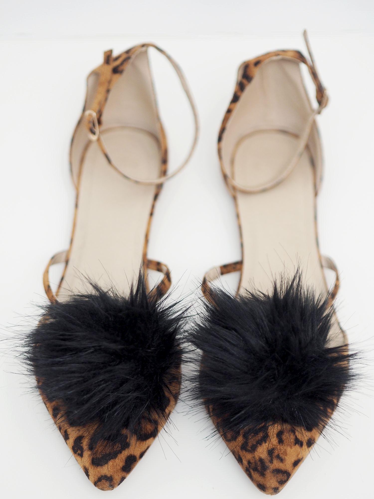 fluffy pom pom shoes