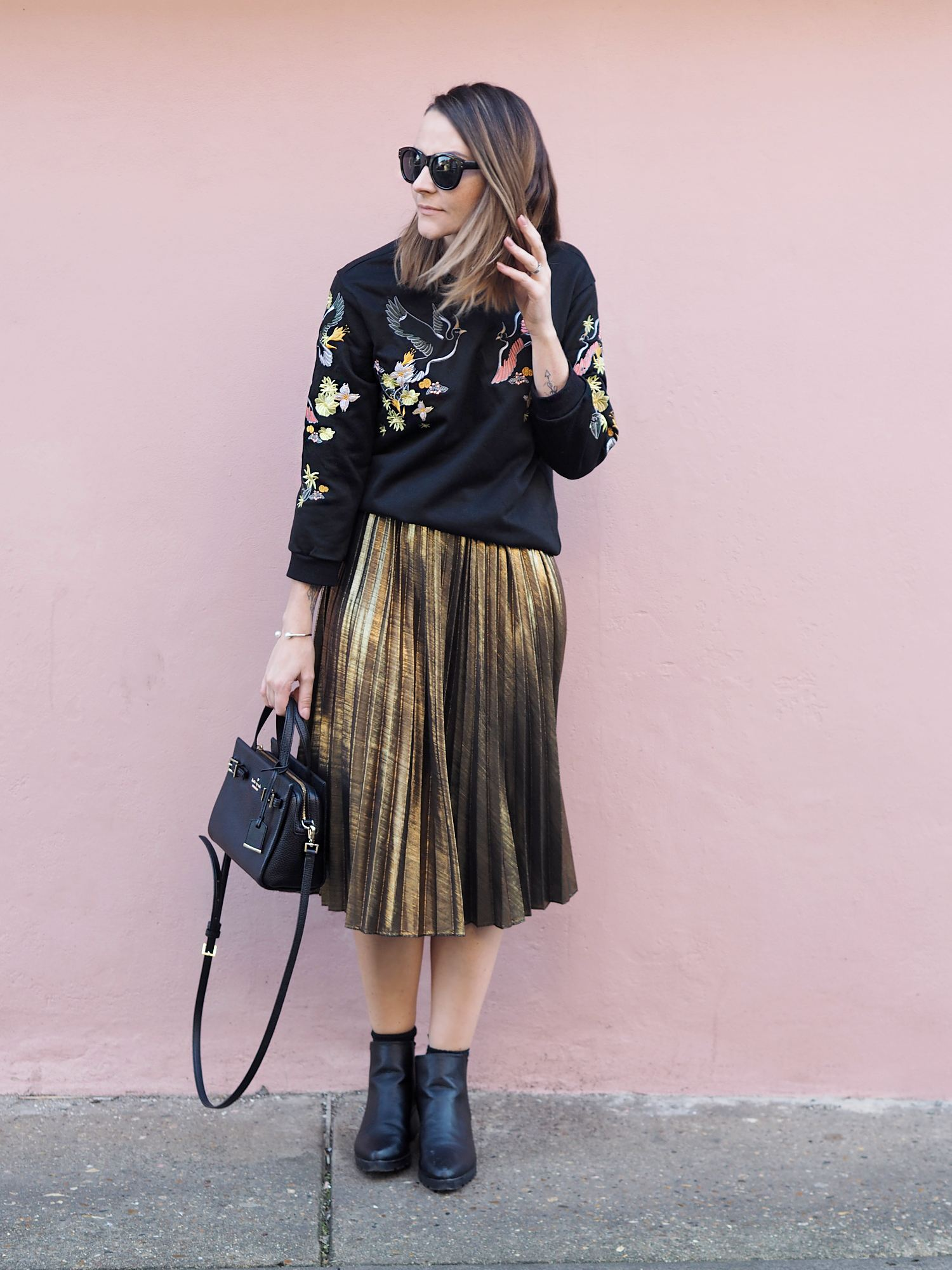Gold Pleated midi skirt outfit - Bang on Style