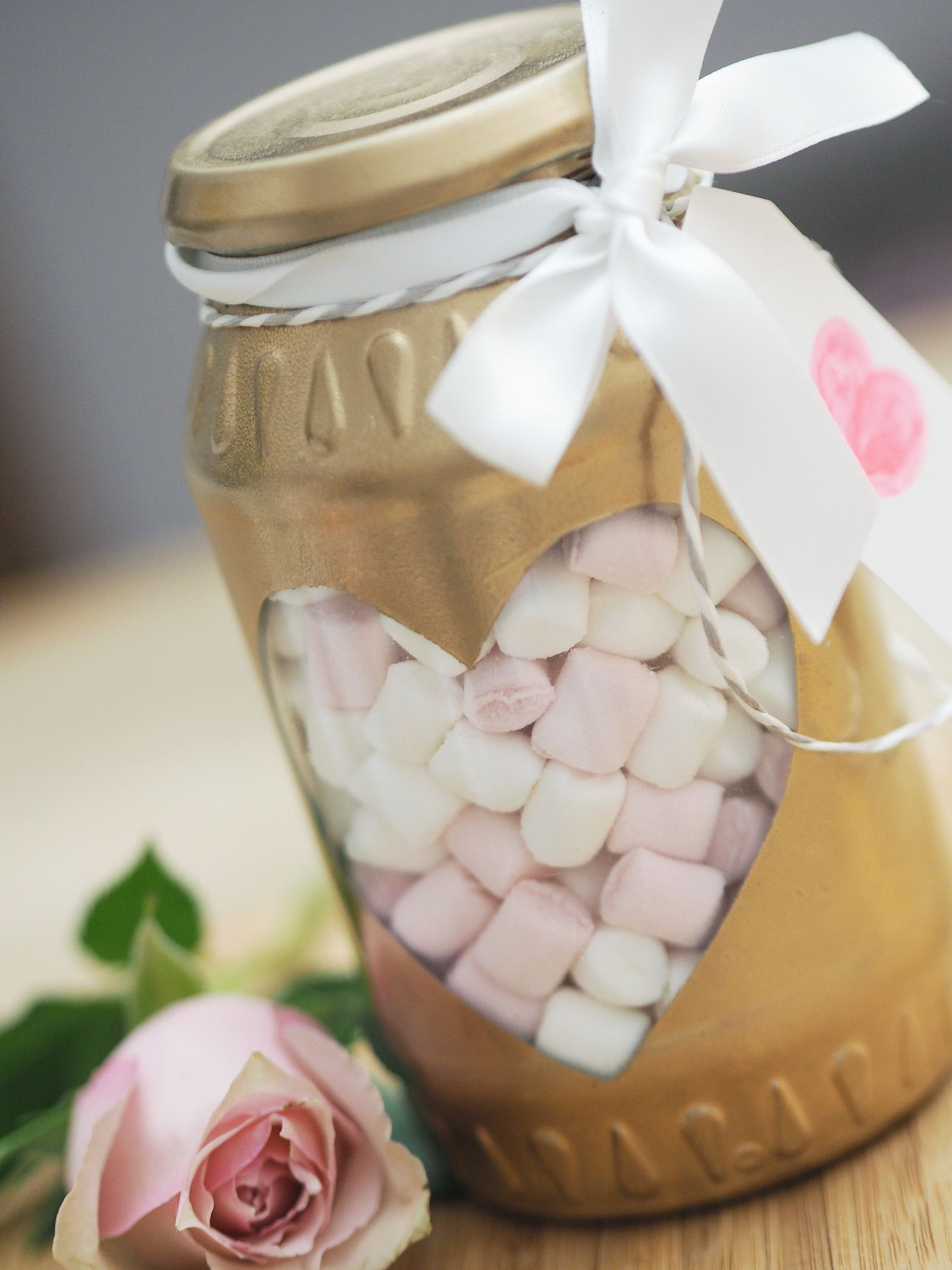 easy diy valentines gifts mason jar gift