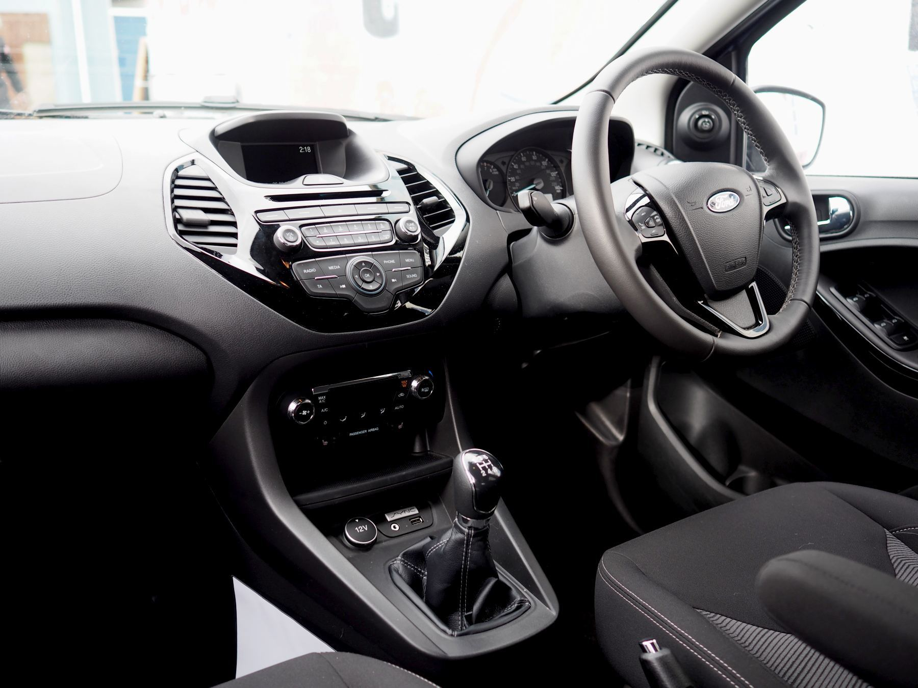 ford KA PLUS BLUE interior front