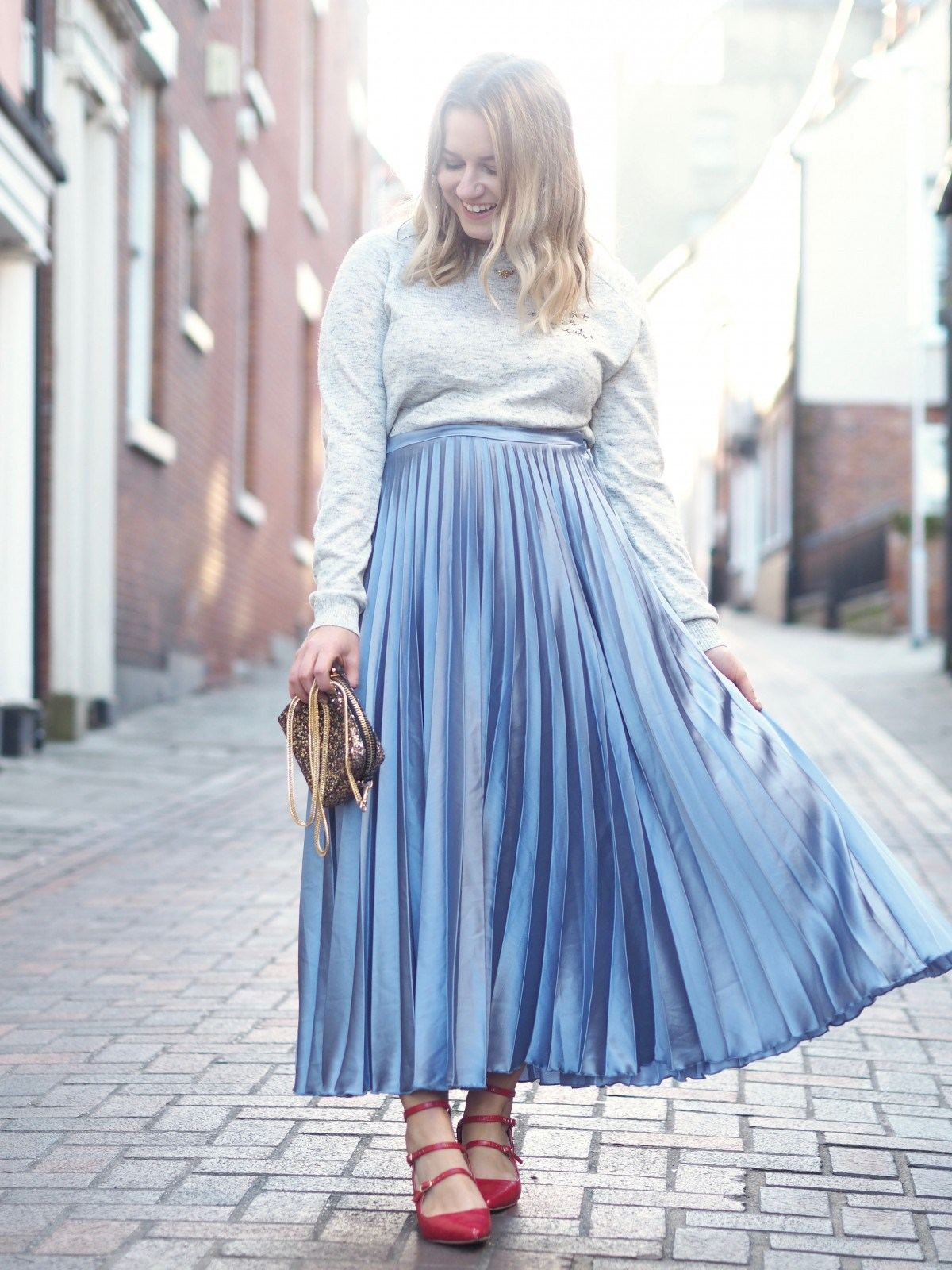 hannah gale midi pleated skirt outfit