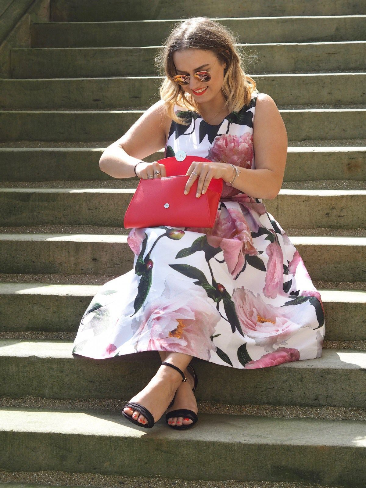 hannah gale floral dress outfit