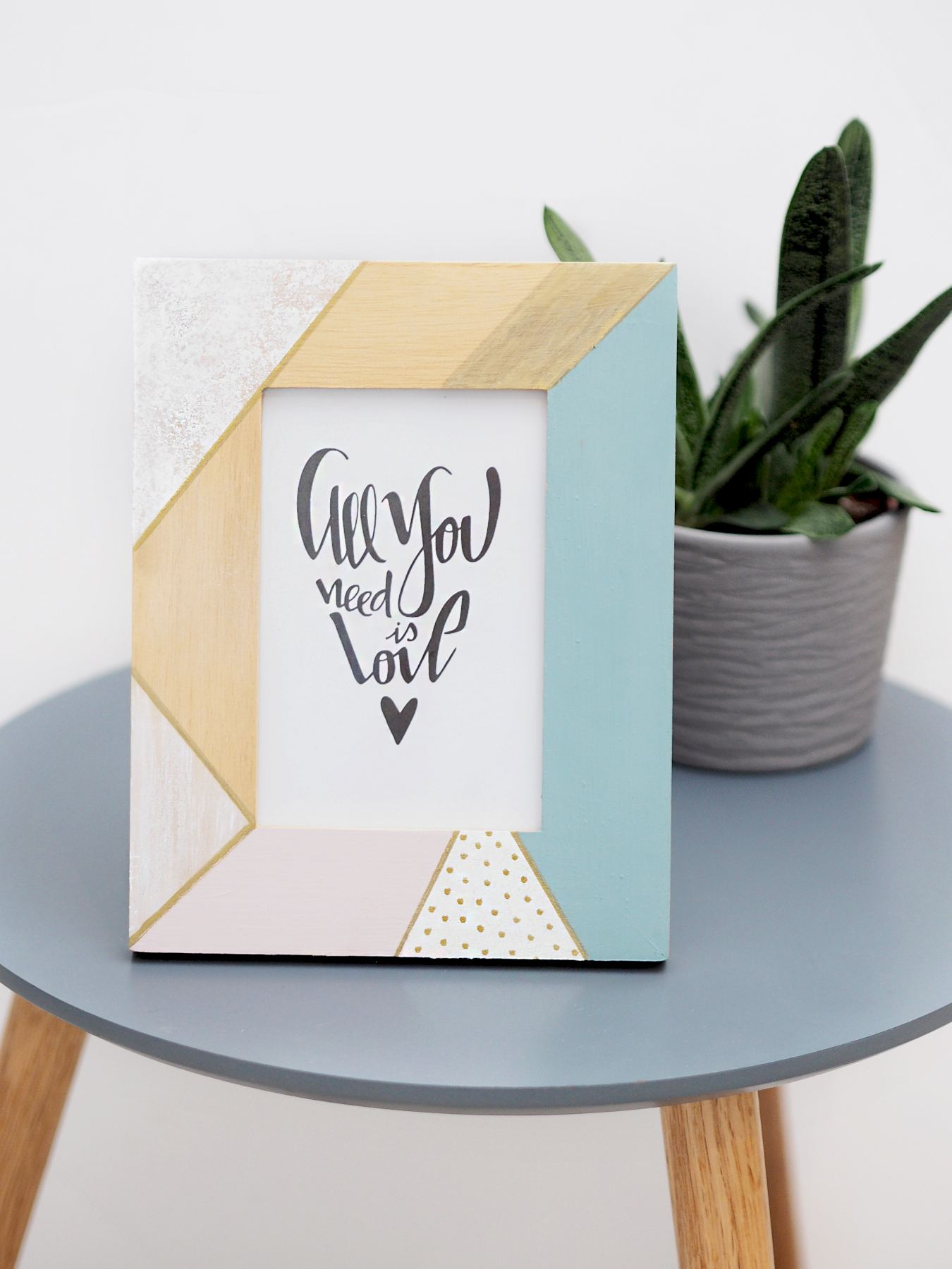 DIY | Pastel Geo painted frame diy - Bang on Style