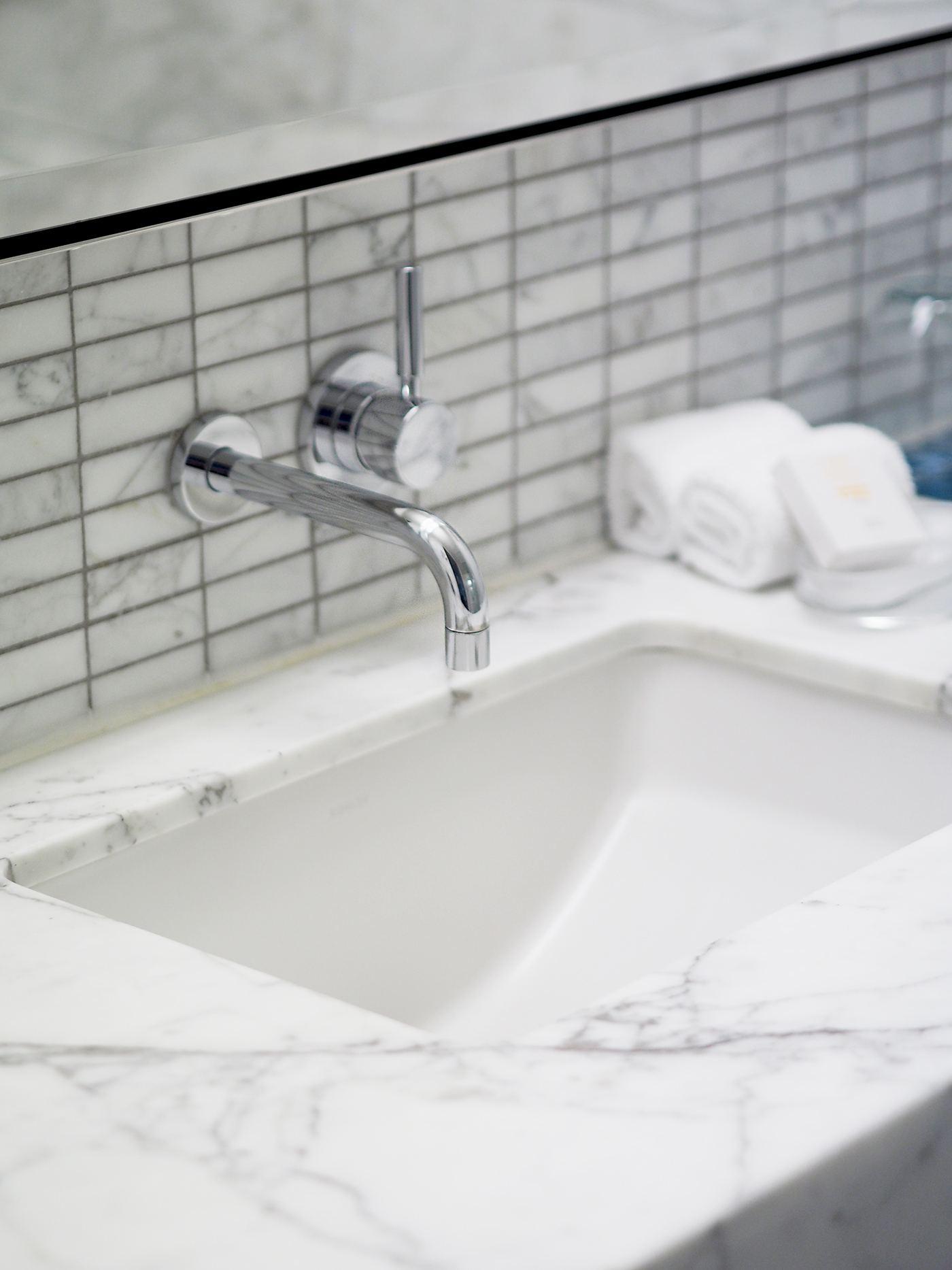 Kimpton Eventi Hotel new york bathroom