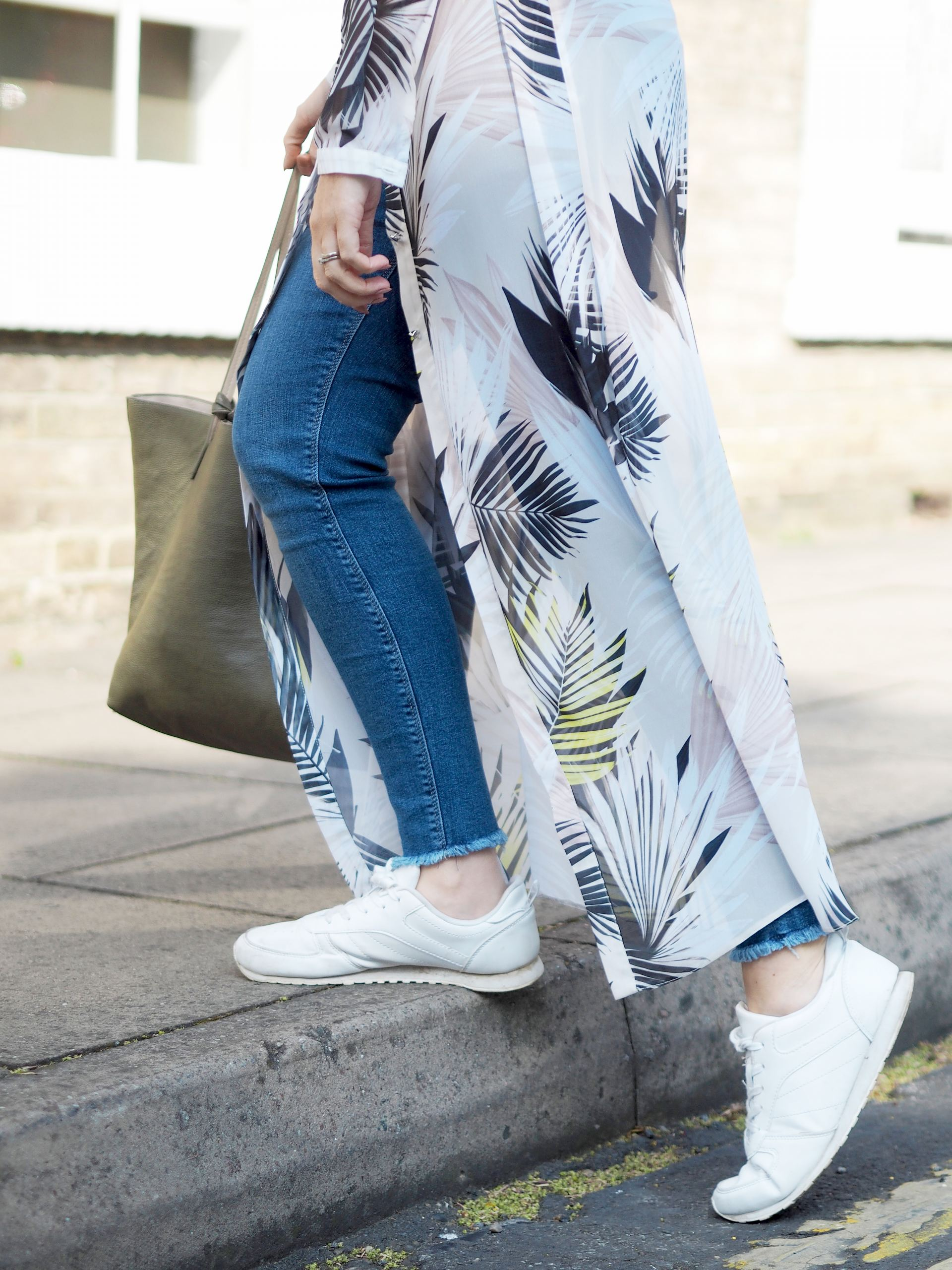 casual maxi shirt dress outfit with jeans and trainers