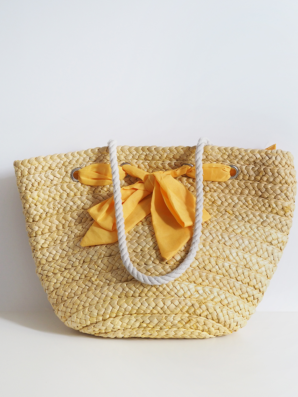 pom pom straw bag makeover