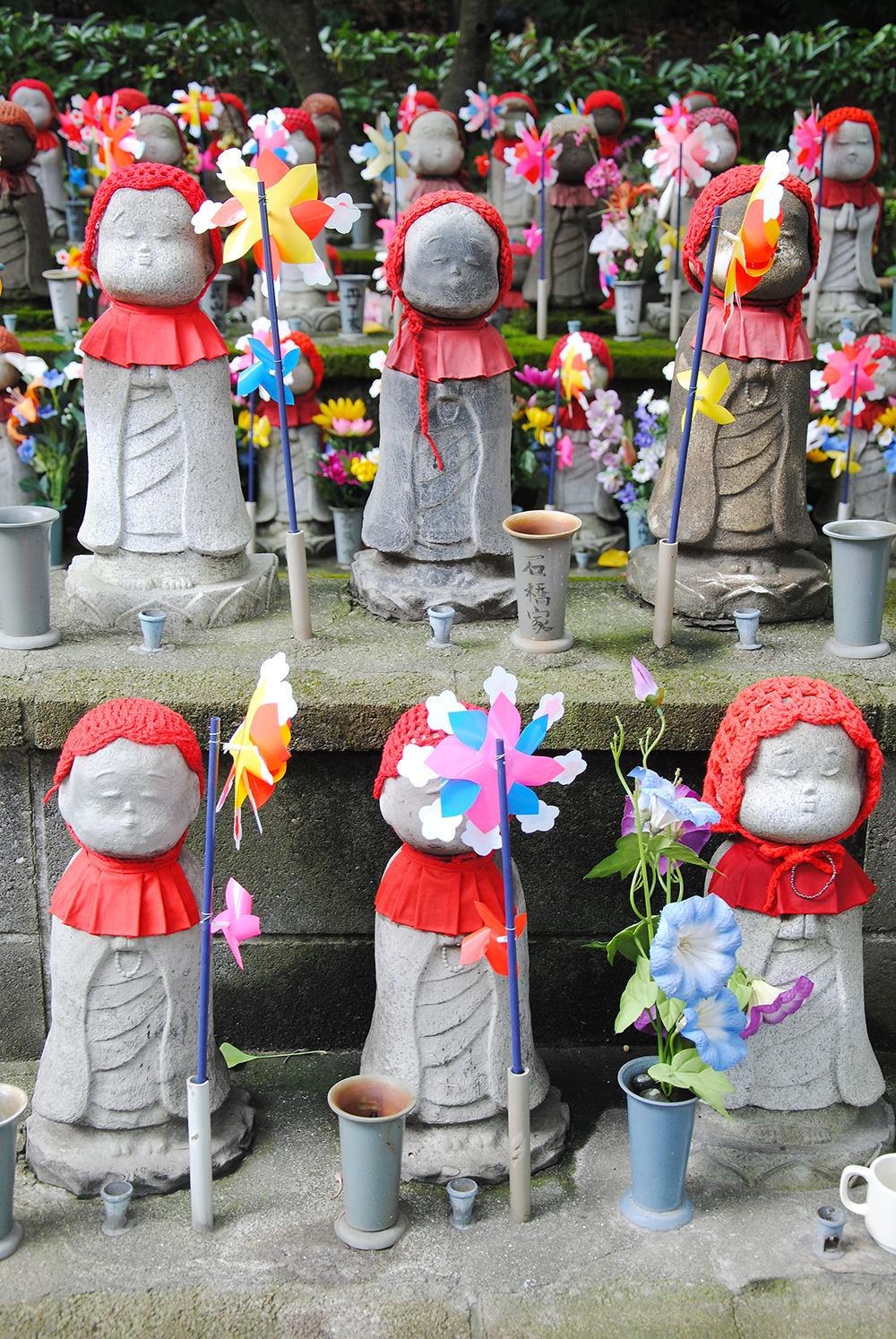 Things to do in Tokyo zojoji tokyo japan unborn children garden