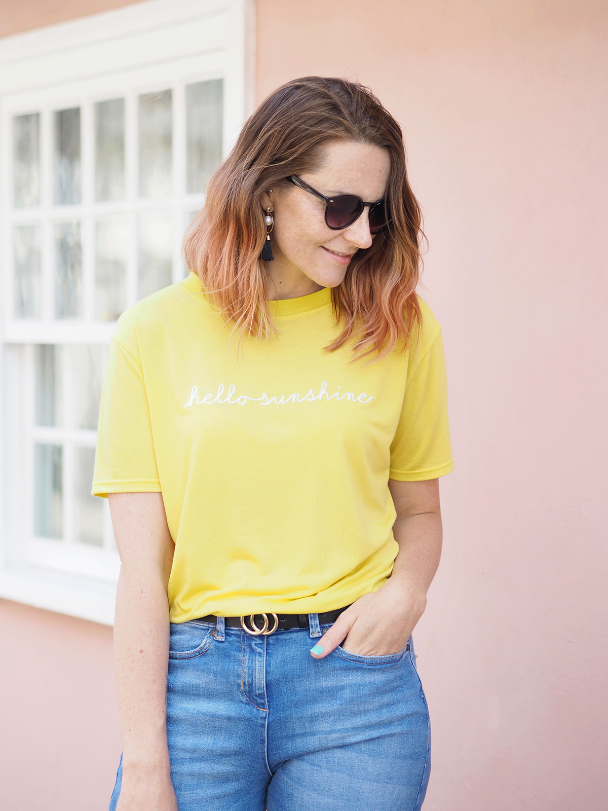 Outfit Yellow T Shirt