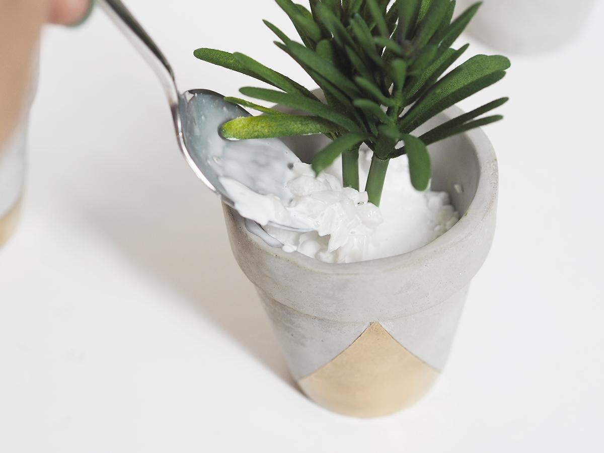 gold concrete succulent planter DIY
