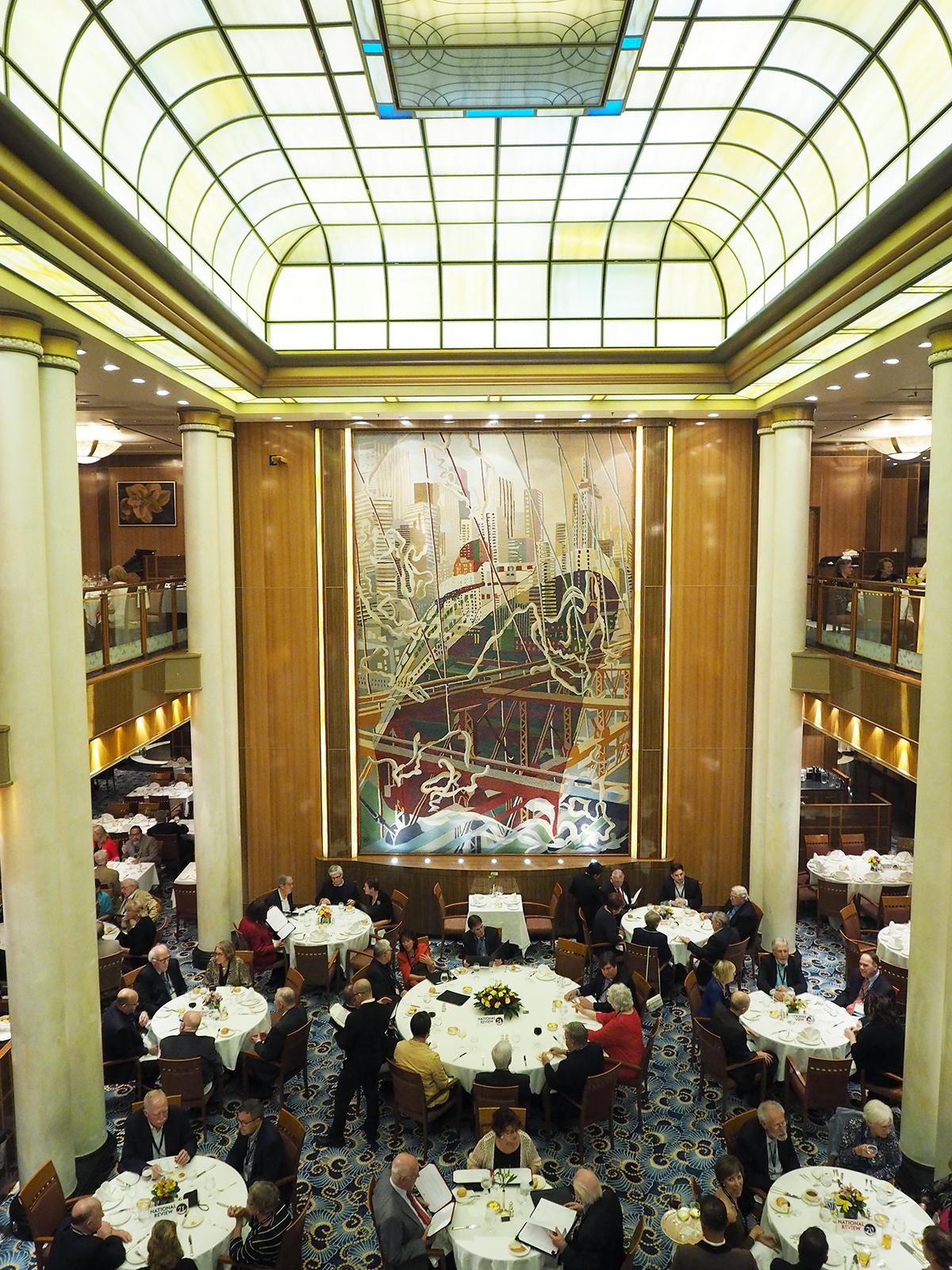 Cunard Queen Mary 2 Britannia restaurant