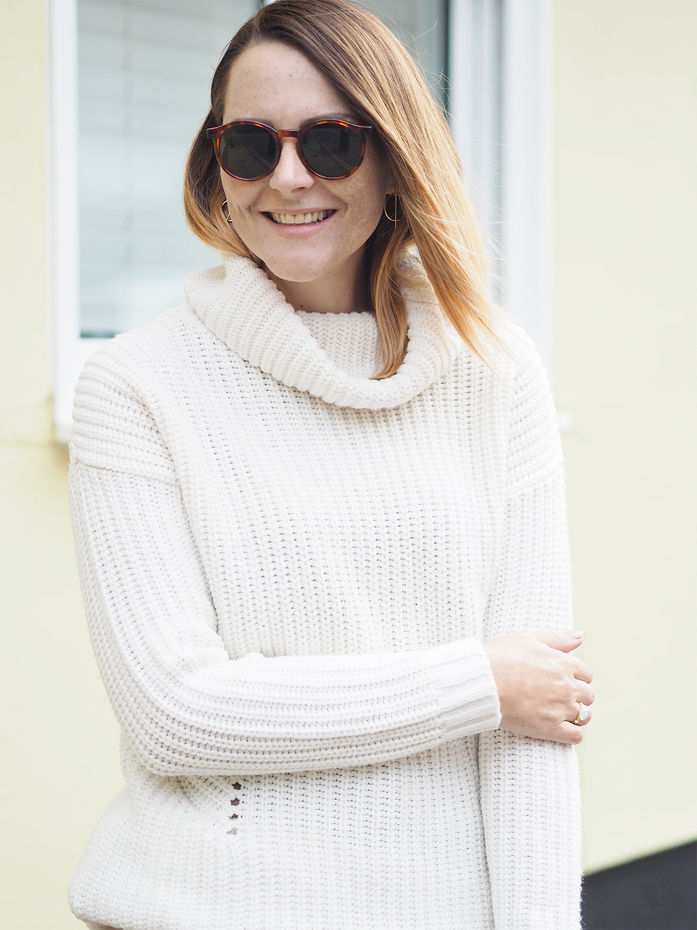 cream knitted jumper winter outfit