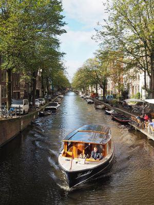 amsterdam canal boat trip