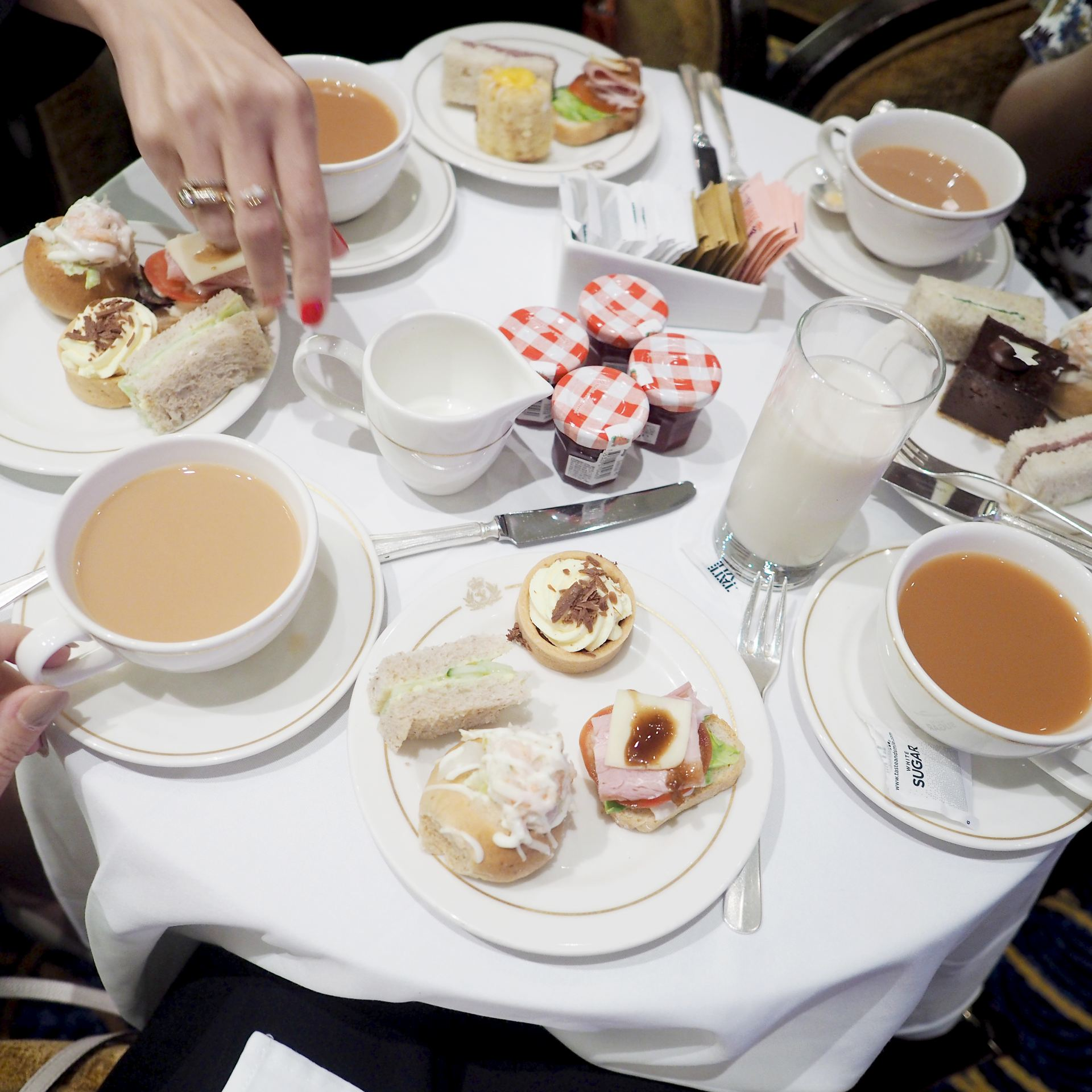 Cunard cruise afternoon tea