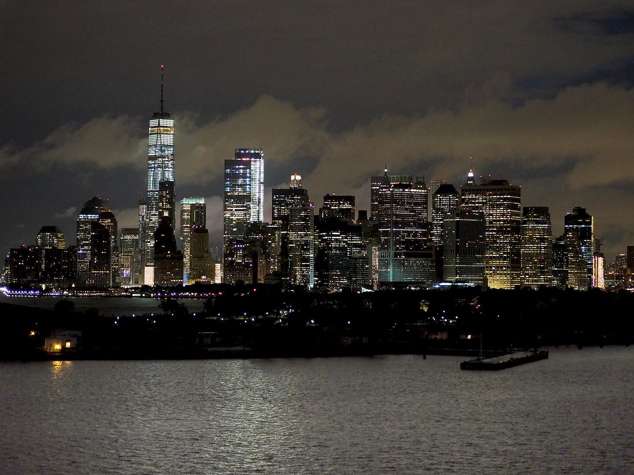 Queen Mary 2 arrival into NYC