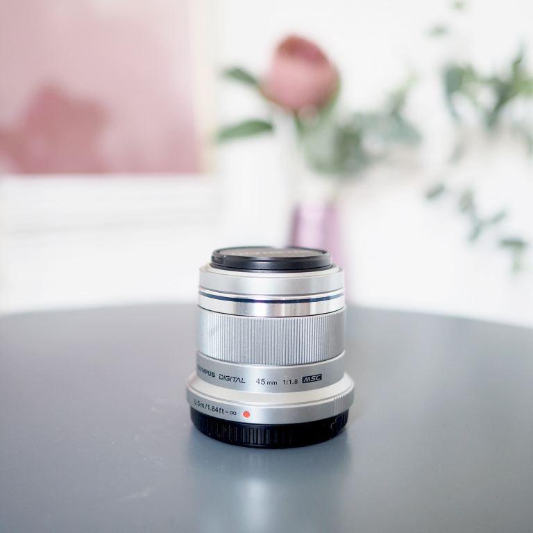 olympus pen 45mm 1.8 lens
