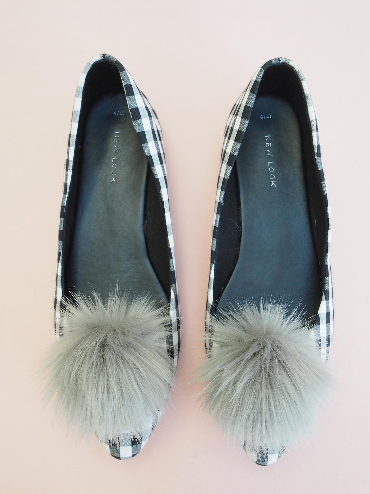grey pom pom shoe clips