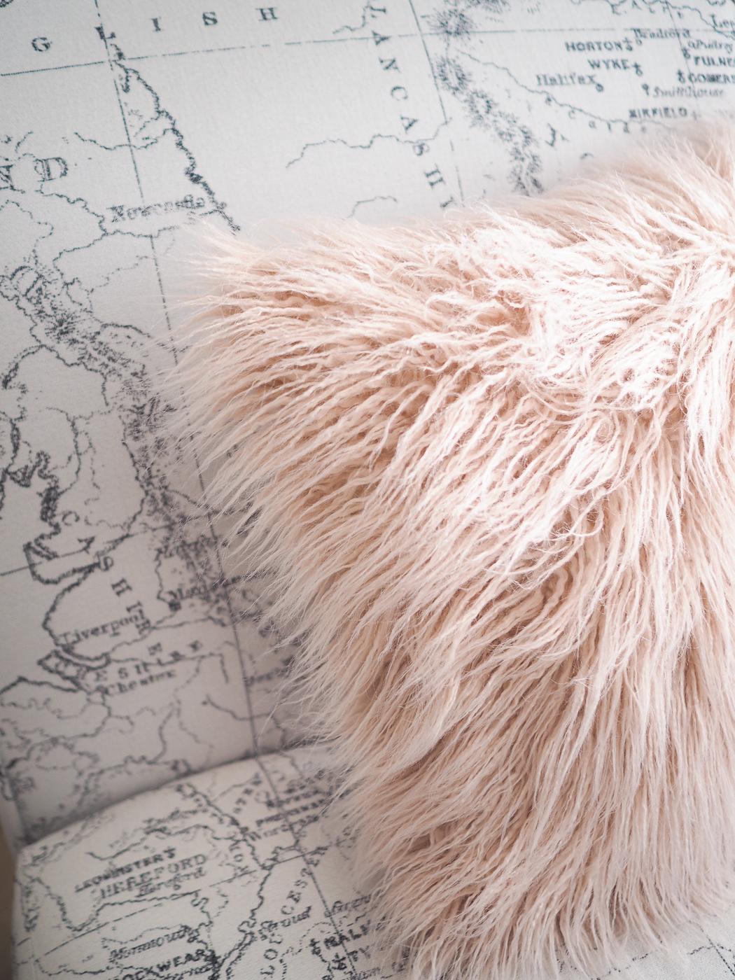 primark pink fluffy cushion