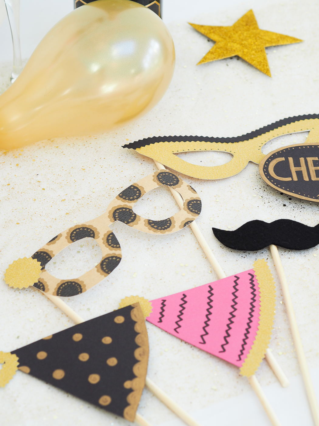 diy photo booth props new years eve