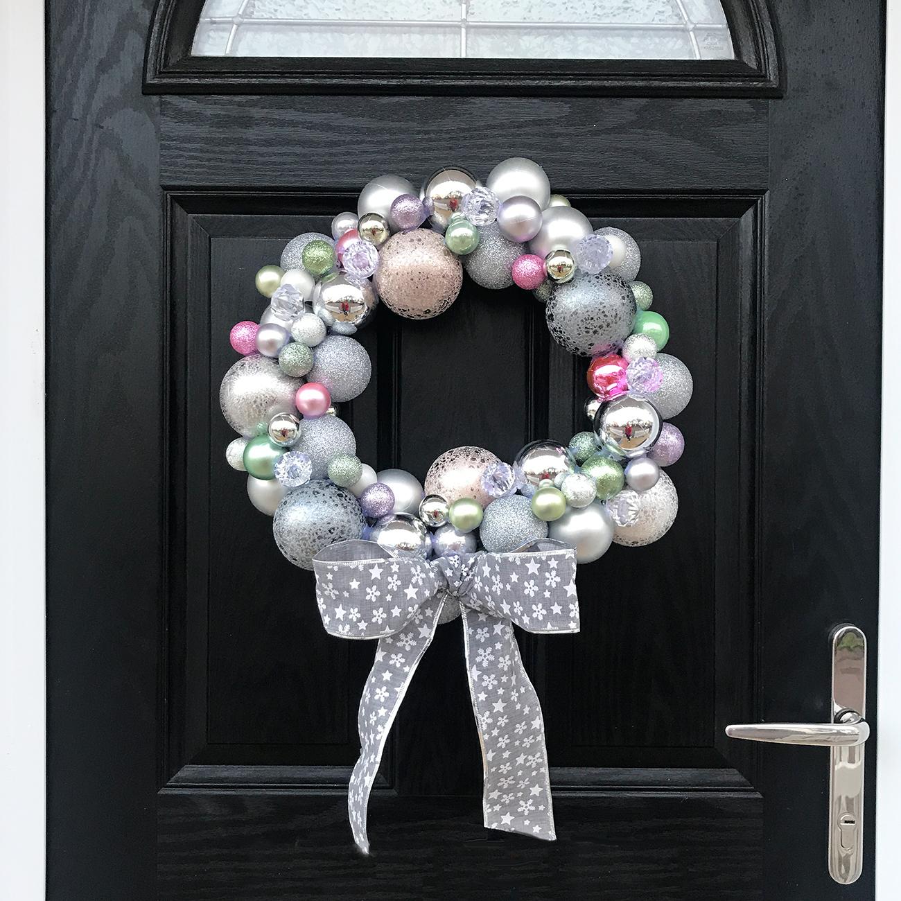 DIY | Christmas Bauble Wreath Tutorial - Bang on Style