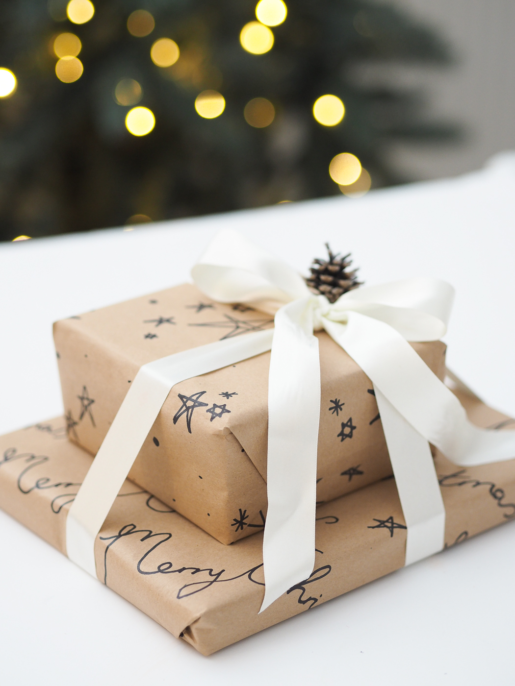 felt tip sharpie diy wrapping paper