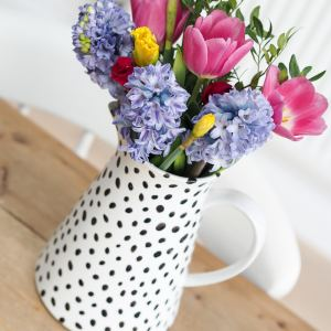 diy spot dalmatian print jug vase