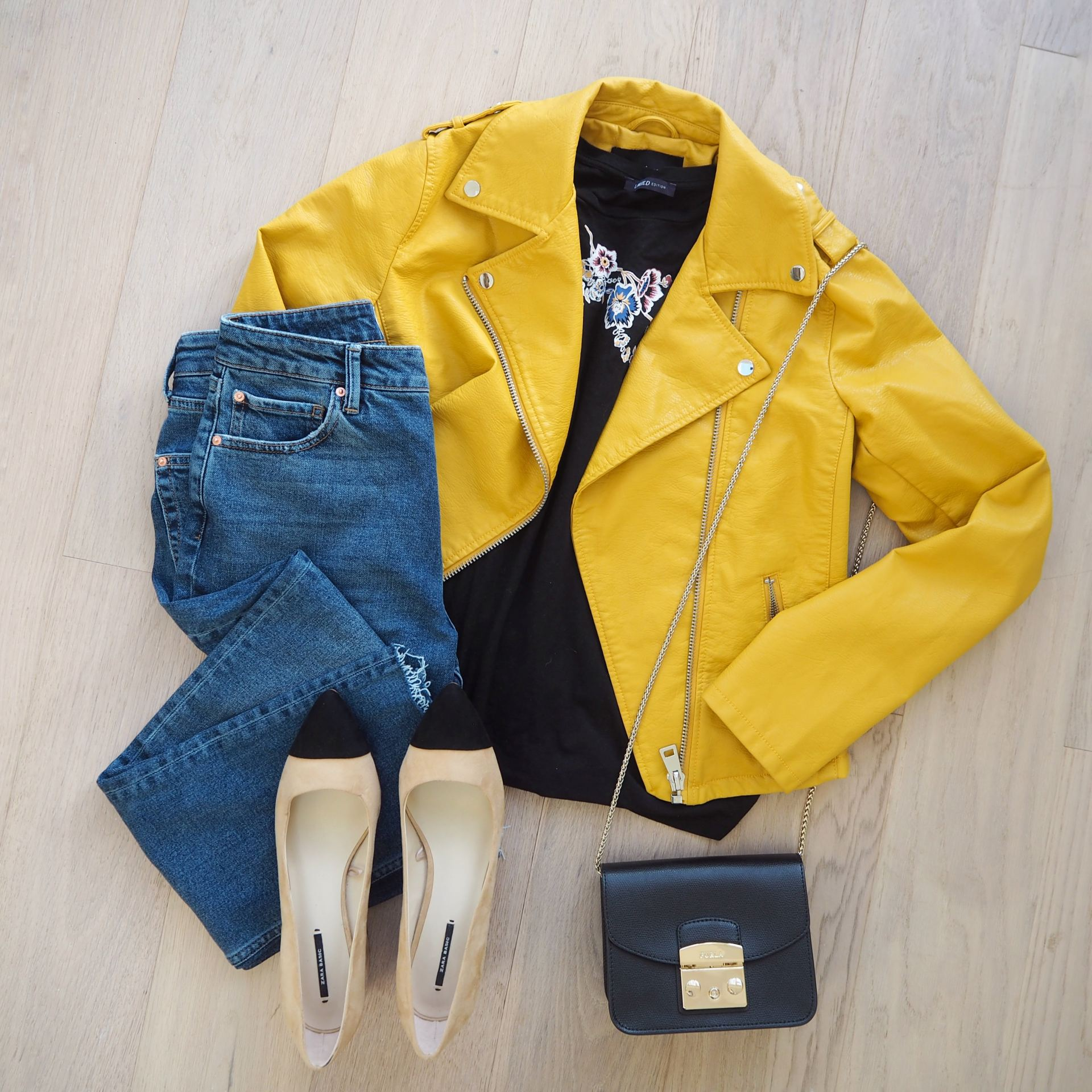 outfit flatlay tips