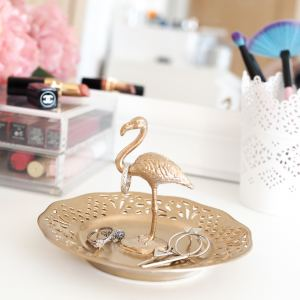 diy ring holder gold flamingo