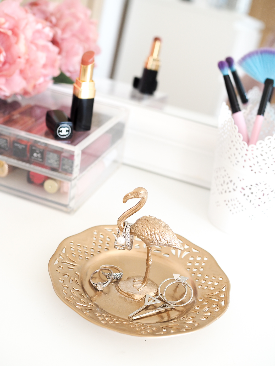 diy gold flamingo ring holder
