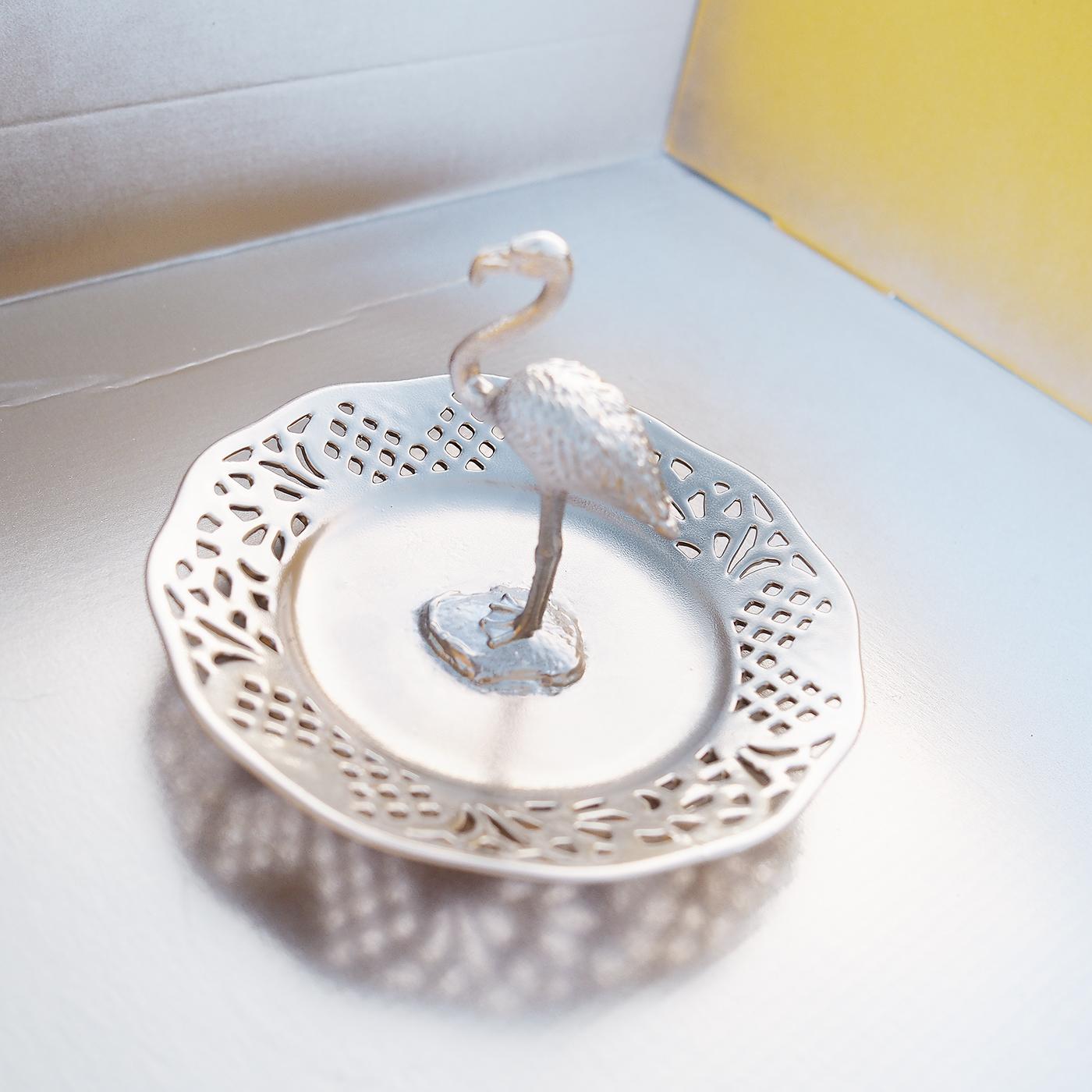 diy gold flamingo ring holder