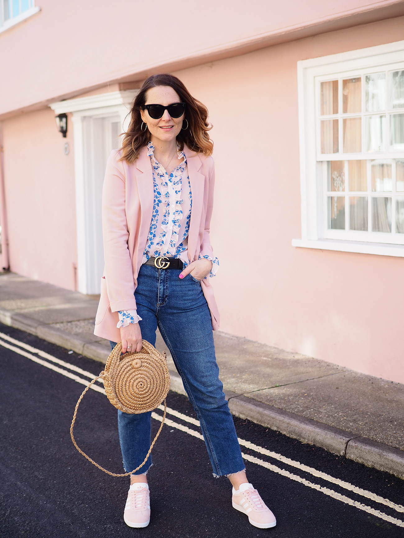 two ways to wear frills