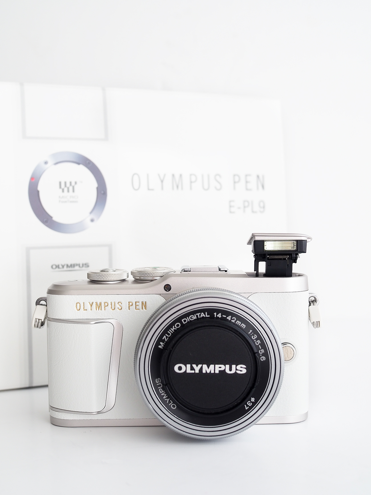 Olympus Pen EPL9 Camera review POP UP FLASH