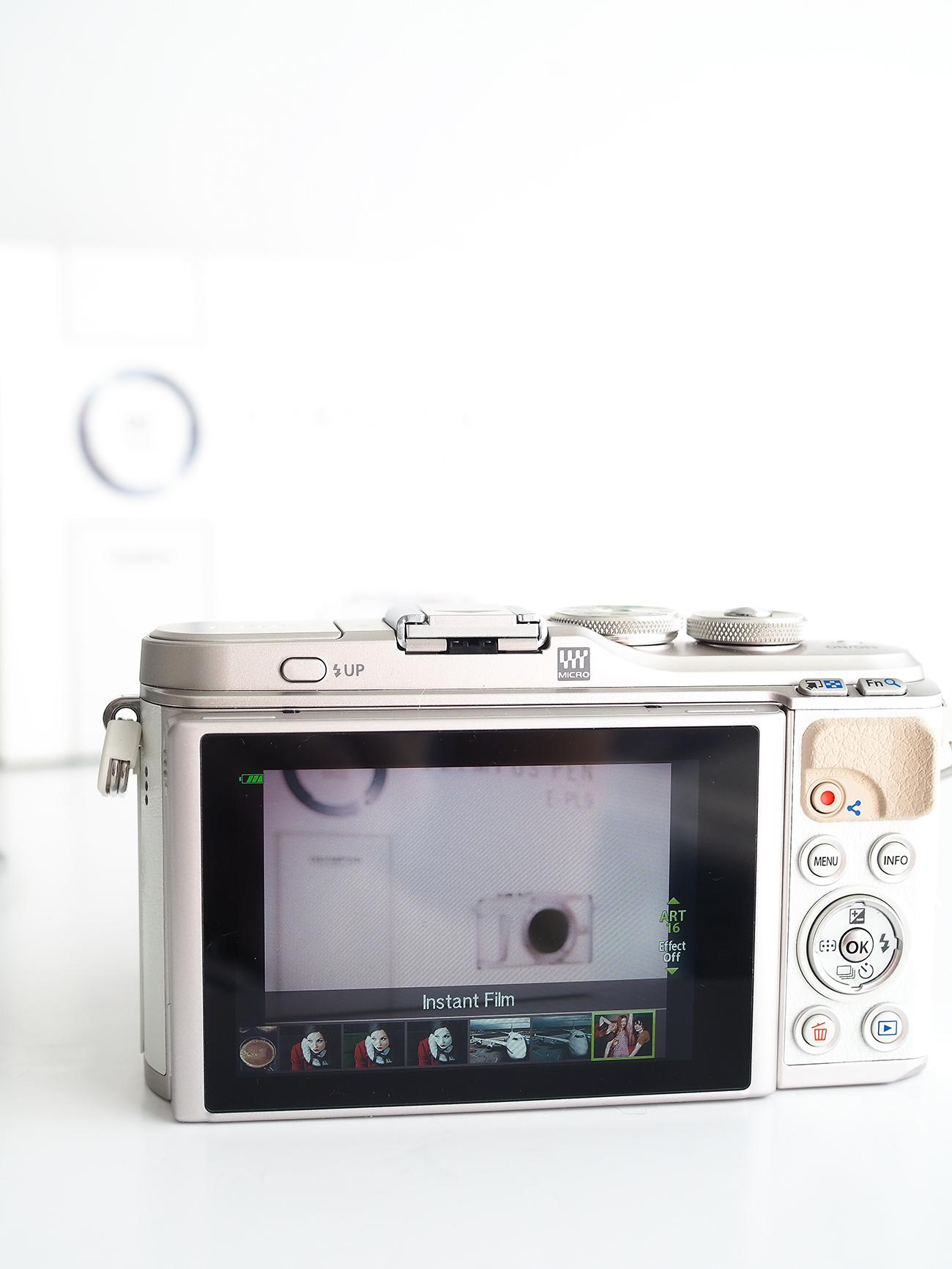 Olympus Pen EPL9 Camera art filters