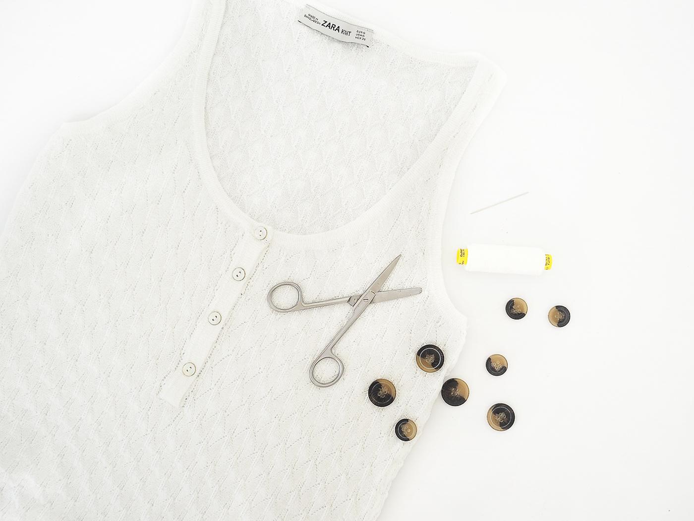 tortoiseshell button vest top