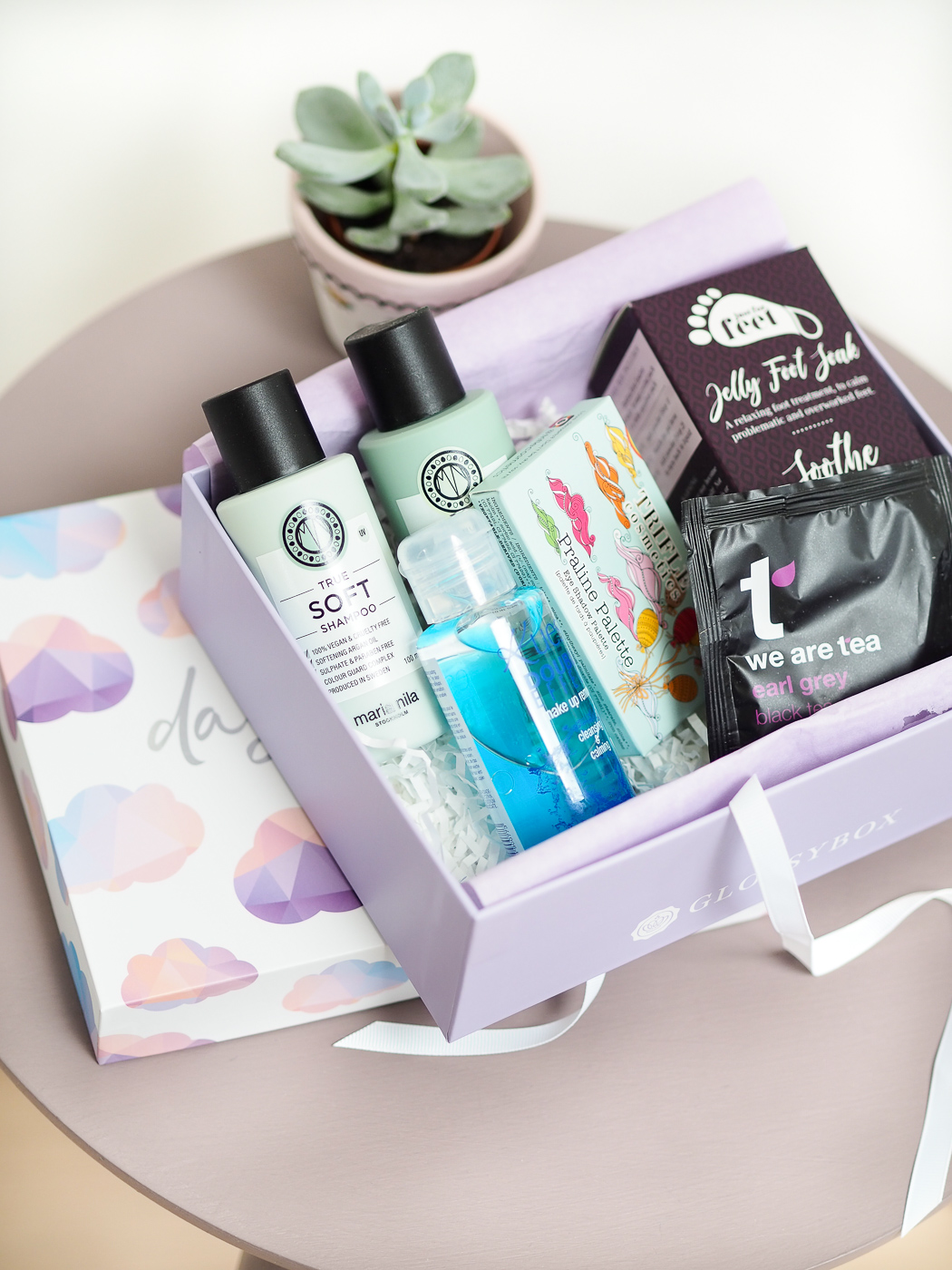 May Glossybox subscription box contents