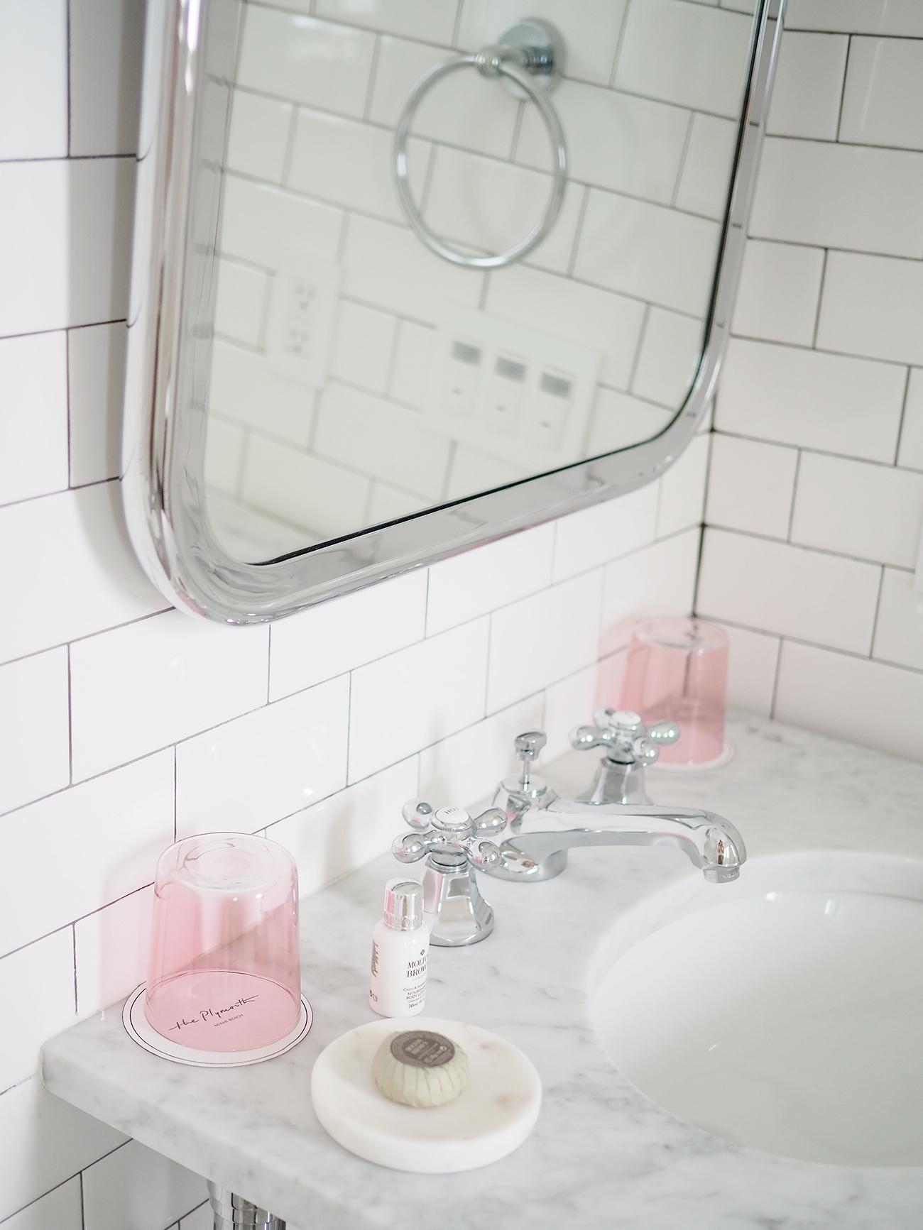 the Plymouth Hotel Miami bathroom