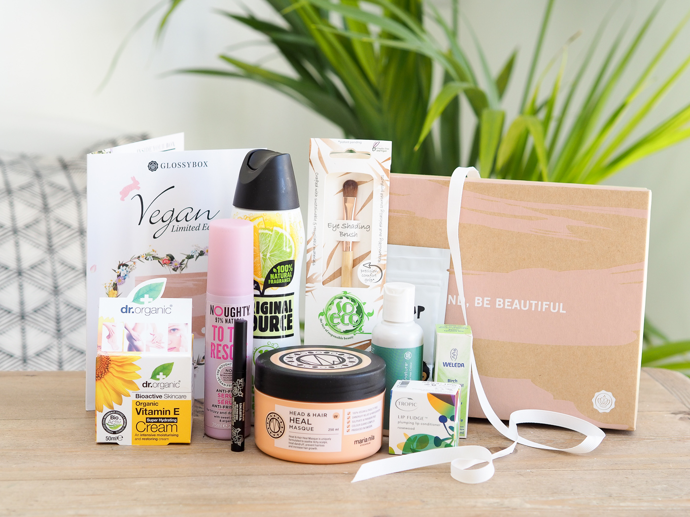 Limited Edition Vegan Glossybox contents