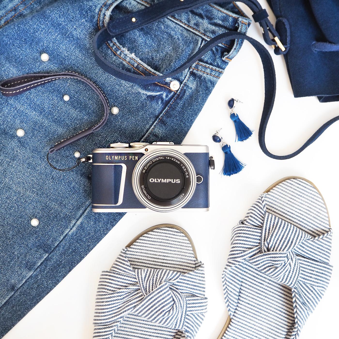 Blue epl9 camera